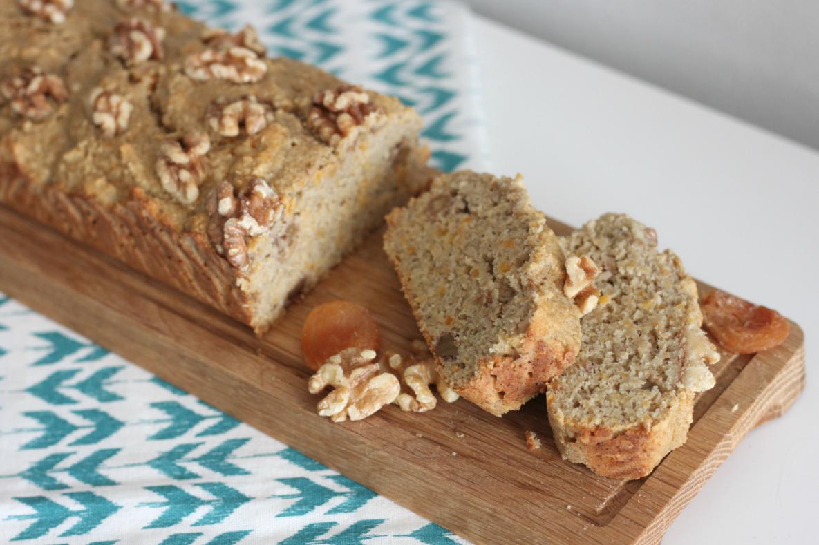 bananenbrood-abrikoos-walnoot