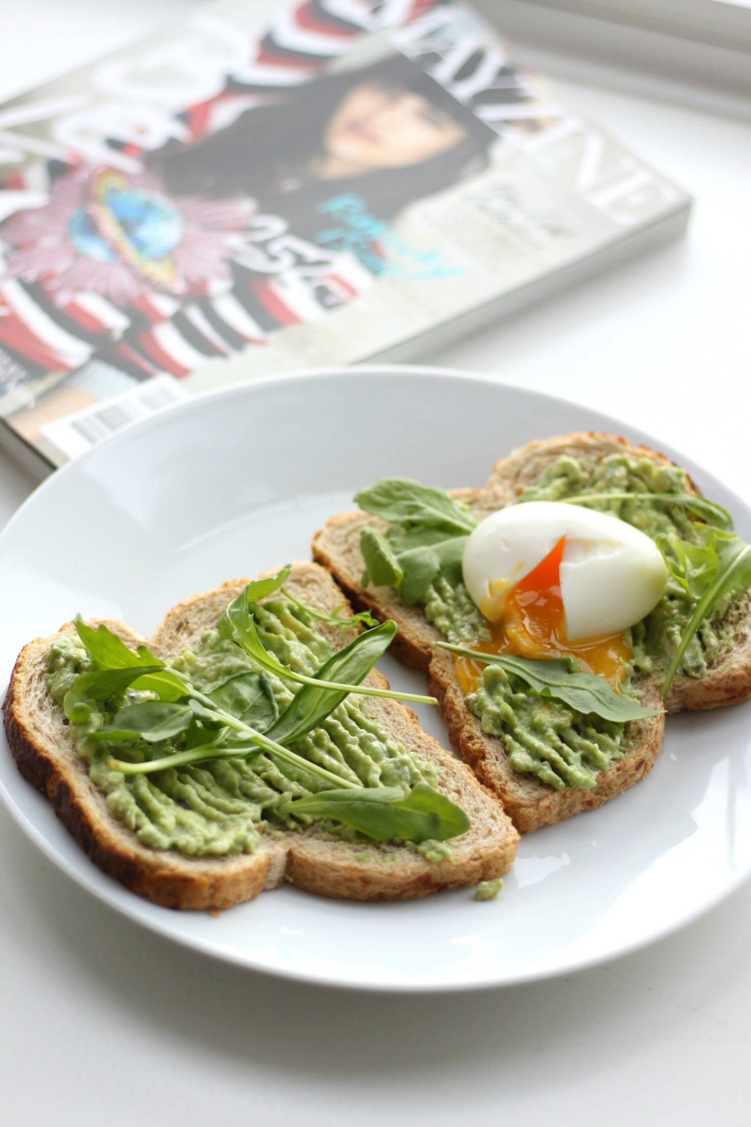 avocado ei toast